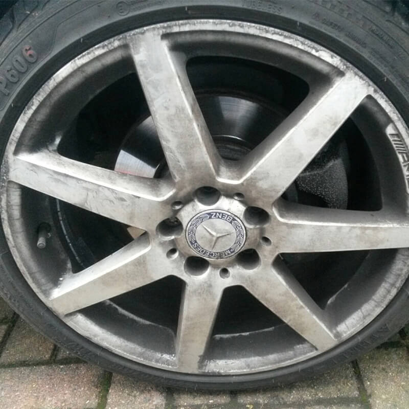 alloy-wheel-befor-one